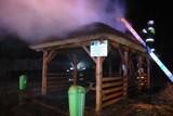 Pożar wiaty rekreacyjnej w Zbąszyniu. [ZDJĘCIA,VIDEO]