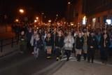 Setki wiernych uczestniczyło w Drodze Krzyżowej na ulicach Tomaszowa Maz. (FOTO+FILM)