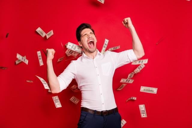 Marzysz o wielkich pieniądzach? Chcesz zdobyć ogromny majątek? Trzymaj z tymi znakami zodiaku, bo z całą pewnością taka znajomość Ci się… opłaci.
