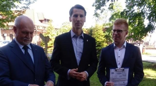 Skiba: Władze Gdańska dużo mówią o solidarności. My powiemy jutro na sesji: sprawdzam. Sprawdzimy, czy są to tylko puste hasła, czy też konkretna chęć pomocy dwóm bardzo istotnym grupom