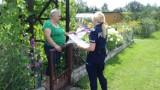Policjanci na ogródkach działkowych w Piotrkowie: Ostrzegają seniorów