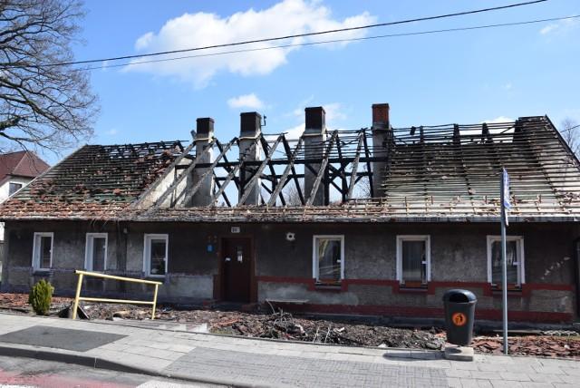 Tak wyglądał dom przy ulicy Bielskiej w Katowicach po sobotnim pożarze