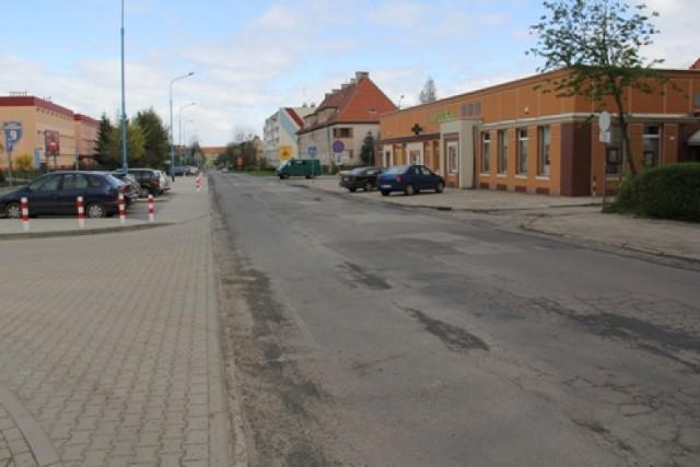Legnica. Remontują kolejne drogi