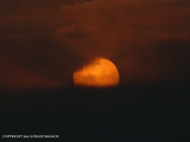 Wędrówka Wenus na tle tarczy Słońca (ZDJĘCIA)