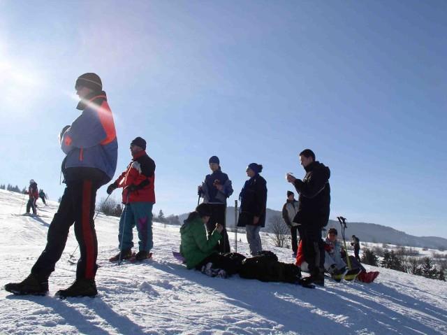 Narciarze, którzy jeżdżą na stokach w Koszarawie, nie mogą liczyć na wyciągi