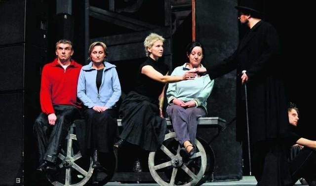 """Za niespełna trzy tygodnie """"Lalka"""" Prusa trafi na musicalową scenę (zdjęcie z próby)"""