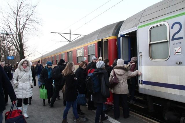 Podróżni muszą liczyć się z utrudnieniami w ruchu pociągów