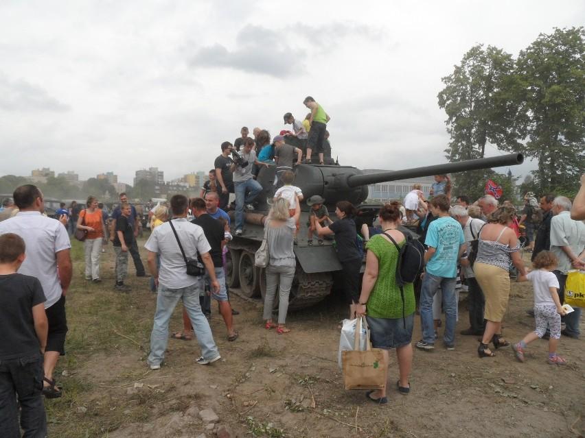 Pojedynek Ordona z Ewą. Pierwszy sprawdzian bojowy czołgu ze Sztygarki [ZDJĘCIA]