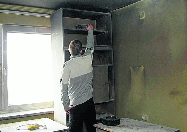 """W Domu Studenckim """"Ikar"""" spłonął pokój"""