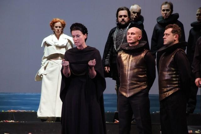 Joanna Woś i Bernadetta Grabias przyćmiły pozostałych członków obsady swoimi kreacjami scenicznymi