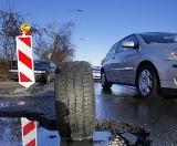 Poznań: Są dziury, z których auto nie wyjedzie o własnych siłach