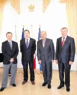 Samorząd: Marszałkowskie wojaże pod kontrolą radnych