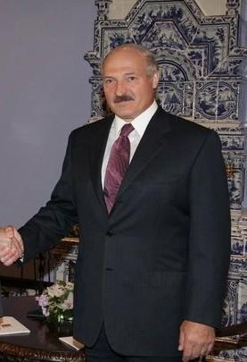Dyktatura Aleksandra Łukaszenki dosięga również internetu. Białorusini w miejscach publicznych nie mogą czytać wiadomości pochodzących ze stron internetowych, które nie działają pod białoruską domeną