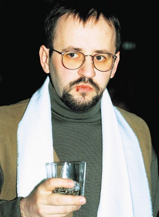 Bogusław Bagsik urodził się w Bytomiu. Mieszka w Szwajcarii