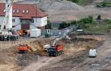 Koparki wjechały na plac budowy dworca Fabrycznego [ZDJĘCIA]
