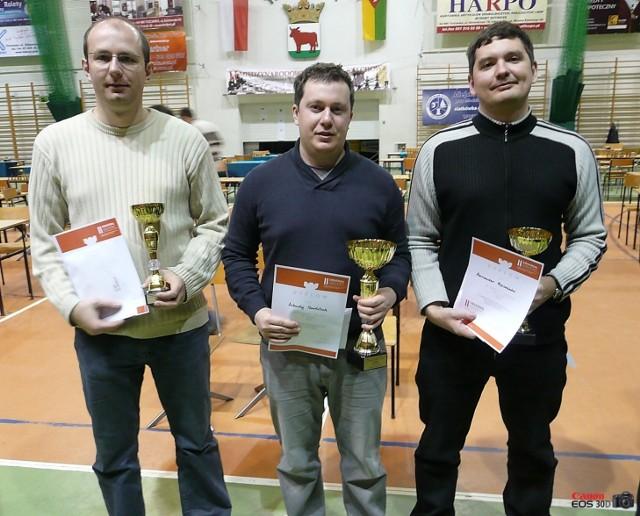 Pierwsza trójka turnieju w Trzciance. Od lewej Łukasz Cyborowski, Arkadij Najdicz i Oleksandr Mojsiejenko.