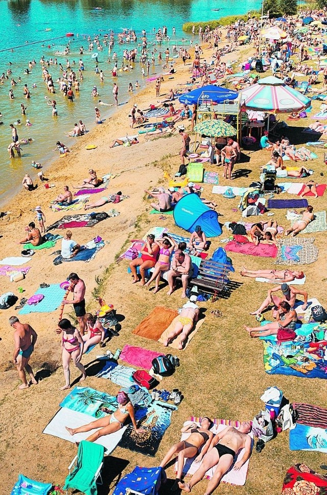 2,5 tys - tyle osób było wczoraj na kąpielisku Glinianki, przy ul. Kosmonautów.