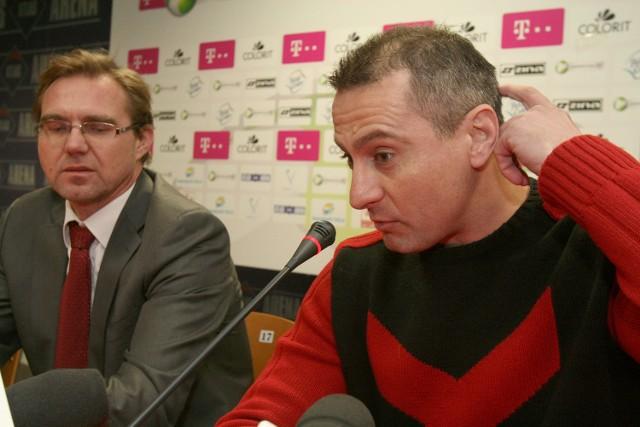 Prezes Andrzej Voigt i trener Piotr Świerczewski