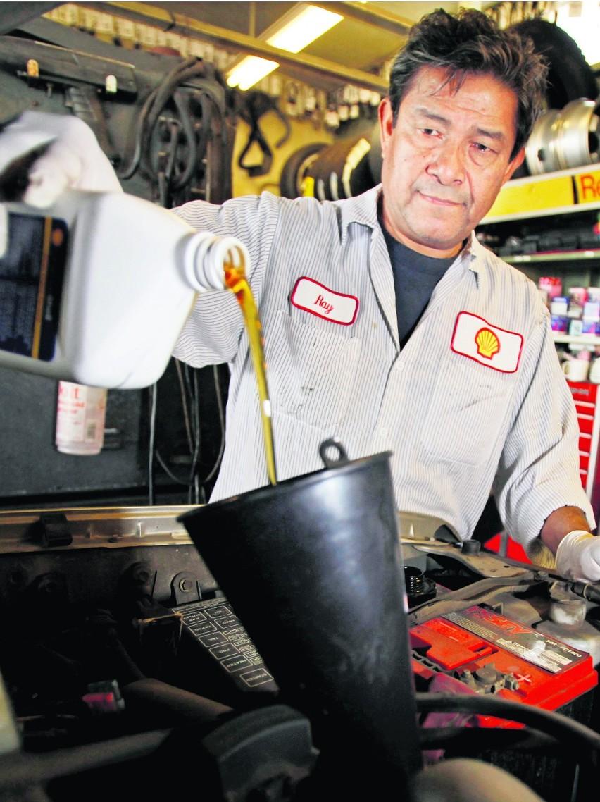 Maraton na jednym litrze paliwa i w pojazdach własnej produkcji, czyli Shell Eco-marathon [ZDJĘCIA]