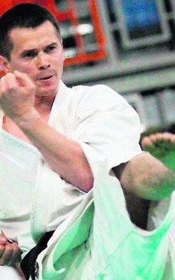 Daniel Iwanek (Lubelski Klub Karate Tradycyjnego) jest...