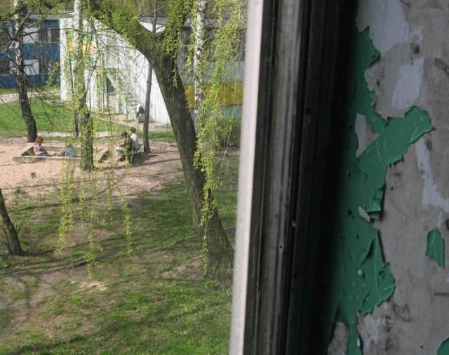 Dąbrowa Górnicza, ul. Łączna.  Budynek socjalny, identyczny jak ten w Kamieniu Pomorskim