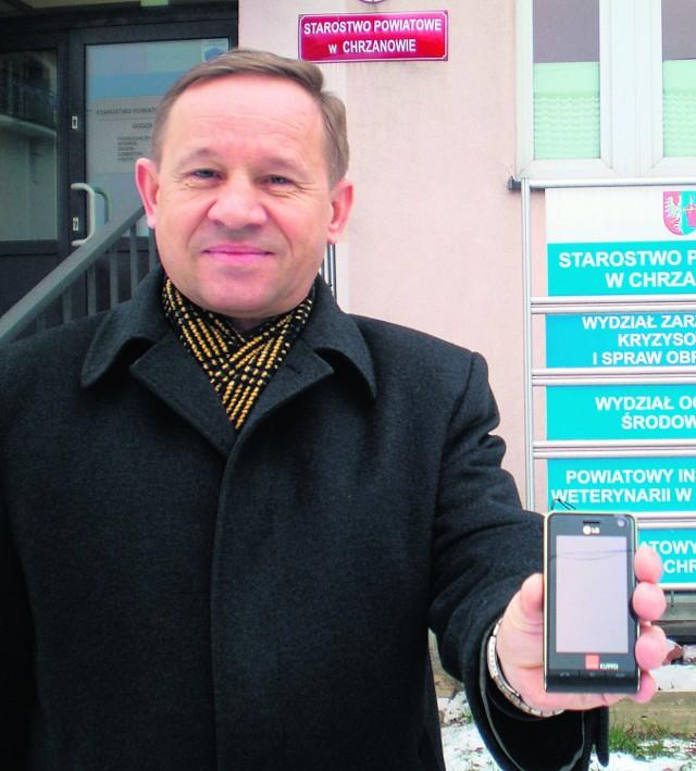 Zbigniew Adamczyk, szef PCZK, zachęca mieszkańców do aktywacji usługi SMS-owej