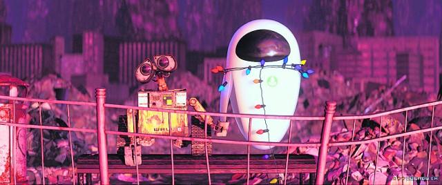 Wysypiskowy Automat Likwidująco-Lewarujący klasy E (w skrócie WALL-E) wraz ze swoją uroczą wybranką EVE (czyli po naszemu Ewą) w brawurowym stylu, po wielu romantycznych przygodach, dołączają do grona największych kochanków wszech czasów