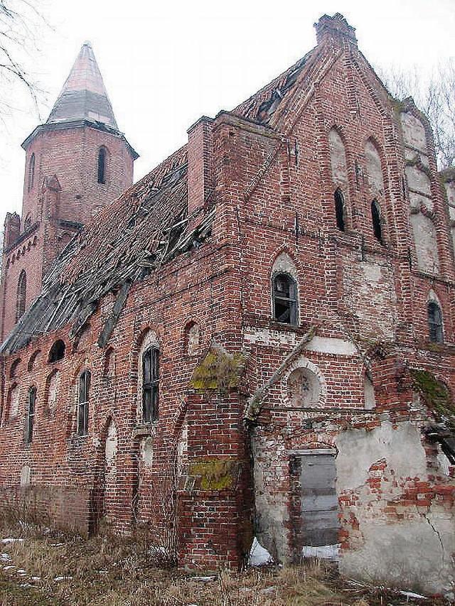 686-letni kościół w Gnojewie