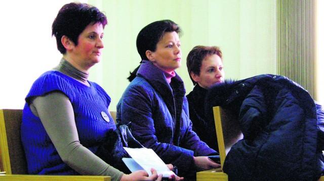 Maria Niemiec (po prawej), Marta Rolka (w środku) i Irena Florian wierzą, że sąd pomoże odzyskać im zaległe pieniądze