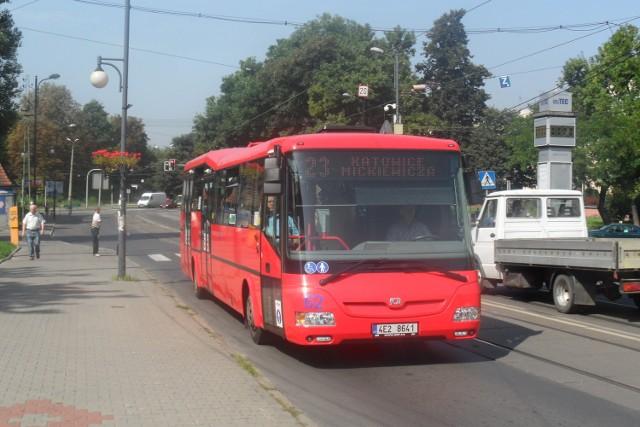 Autobus SOR na linii 23 między Katowicami a Zabrzem