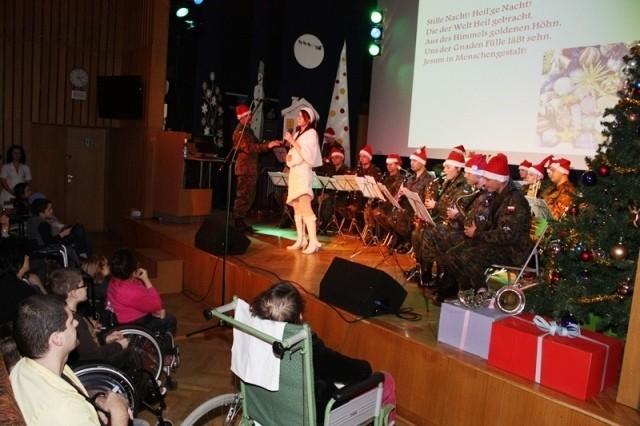 Ubiegłoroczny koncert w Centrum Zdrowia Dziecka
