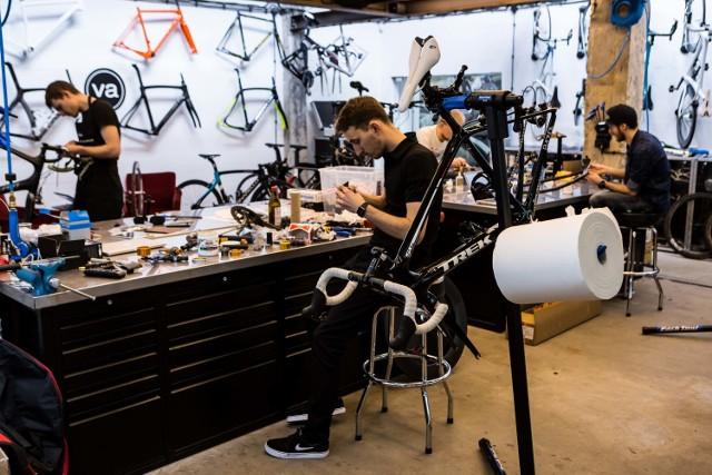 """Veloart, Warszawa. Tworzone przez nich rowery, to prawdziwe dzieła sztuki. """"Chemy spełniać marzenia"""""""