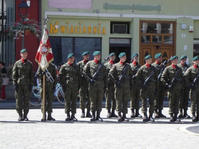 Uroczystości z okazji 77. rocznicy powstania 1. Pułku Saperów w Brzegu.