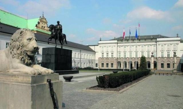 Nożownik próbował wtargnąć do Pałacu Prezydenckiego