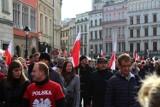 Kraków. Tysiące osób wzięło udział w pochodzie patriotycznym z okazji Święta Niepodległości [ZDJĘCIA]