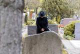 Fikcyjne zgony i leczenie - tak Polacy wyłudzają pieniądze z ubezpieczeń na życie