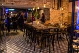 Jak zmieniała się Hala Koszyki? Dawny bazar, wielka przebudowa i otwarcie [ZDJĘCIA]