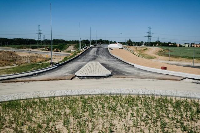 Tak pod koniec maja wyglądał stan prac przy budowie trasy S5 na węźle Konarzewo. Teraz wiadukt jest warunkowo przejezdny.