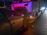 Dwa samochody zderzyły się pod Bydgoszczą na DK 10 [zdjęcia]