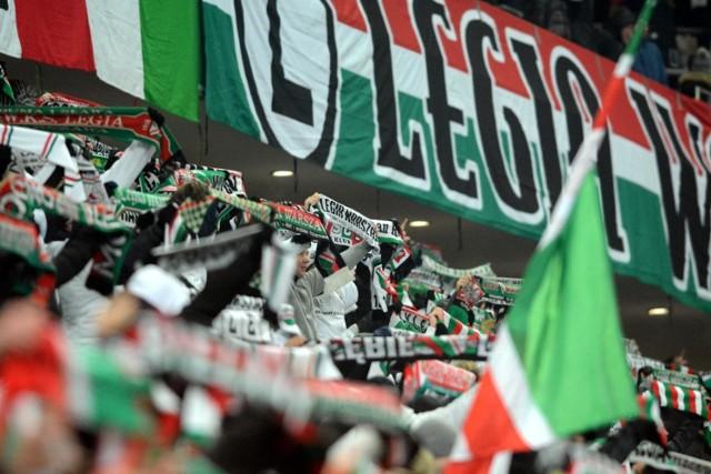 Na zdjęciu: kibice Legii Warszawa