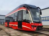 """Tramwaje Śląskie. Skąd biorą się opóźnienia tramwajów? Od czego zależy czas przejazdu """"bany"""" w Górnośląsko-Zagłębiowskiej Metropolii?"""
