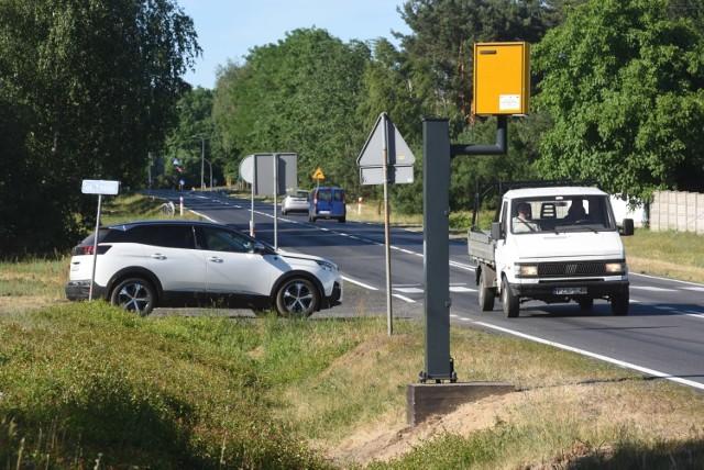 W Polsce jest ponad 500 fotoradarów. Resort infrastruktury zastanawia się na efektywnością nakładania kar za przekroczenie prędkości