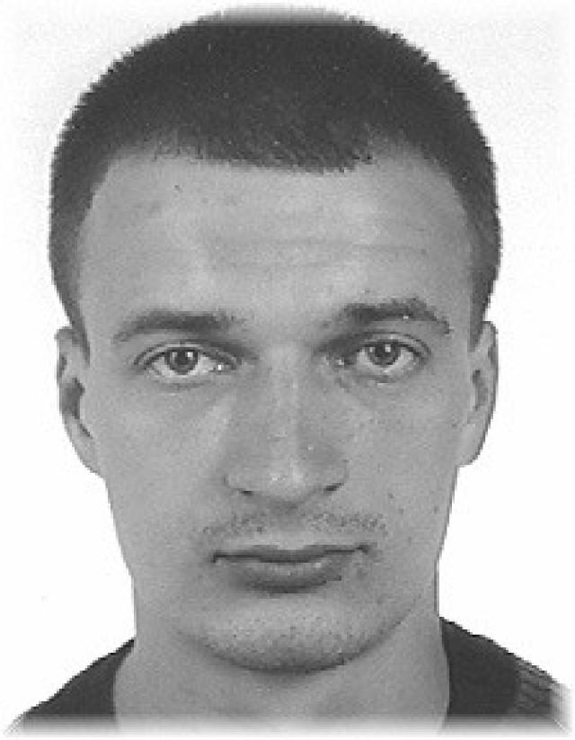 Poszukiwany Adrian Biały