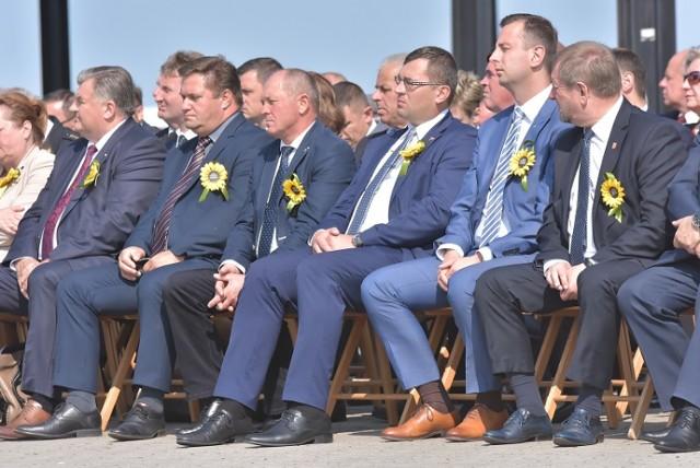 W tym roku dożynki wojewódzkie odbyły się w Perlejewie 9 września. Po raz pierwszy były połączone z  z Dożynkami Diecezji Drohiczyńskiej.