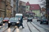 """W tych miejscach w Bydgoszczy jest niebezpiecznie. Raport """"Bezpieczne chodniki, bezpieczni piesi"""""""