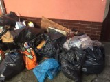 Sterta śmieci przy ul. św. Barbary w Szczecinie. To nie pierwszy raz