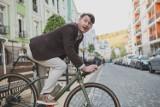 Mandaty dla rowerzystów. Nie przestrzegasz przepisów? Tyle zapłacisz! Zobacz taryfikator mandatów