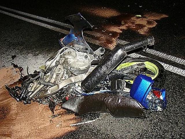 Wczoraj (6 sierpnia 2012) w nocy doszło do wypadku motocyklisty ...