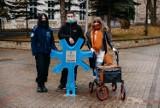 Nietypowe pojemniki na nakrętki pojawiły się na Placu Harcerskim w Sanoku [ZDJĘCIA]