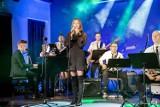Świąteczny koncert prosto z Zajezdni Kultury. Zobaczcie go w sieci!